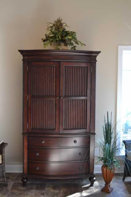 Get building materials for cheap by bidding in concord for Model home furniture auction